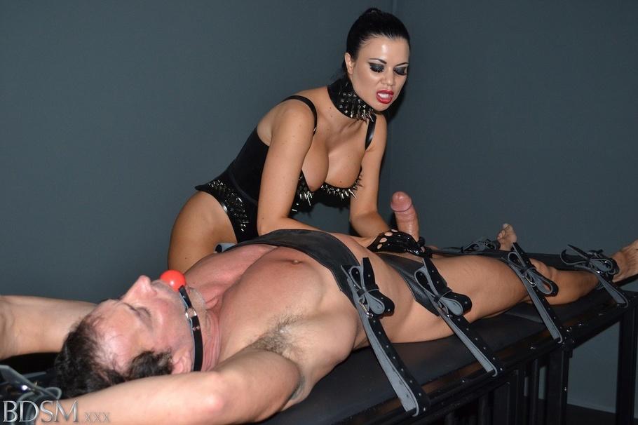 Sydney Kink BDSM, Mistresses and