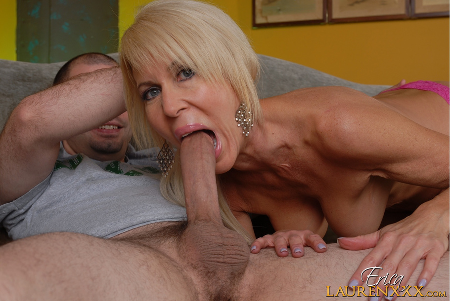 Masturbating with vibrator while sucking cocks