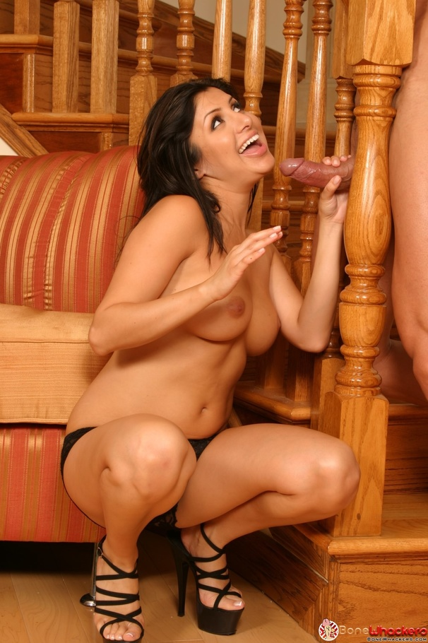 Mom wanked my cock