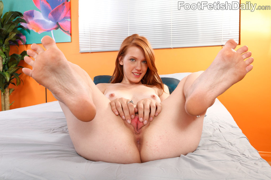 Foot fetish daily pepper kester amp ruby rayes