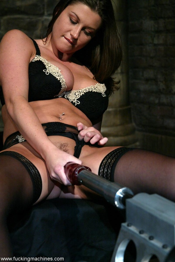 Fucking machine drills hard trimmed cunt of a horny MILF - XXXonXXX - Pic 2