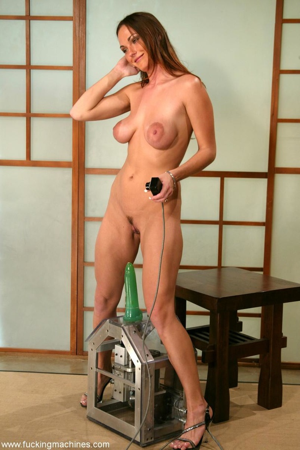 The robot fucks well-shaped lady better than any male - XXXonXXX - Pic 13