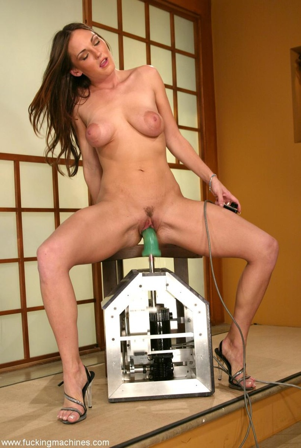 The robot fucks well-shaped lady better than any male - XXXonXXX - Pic 14
