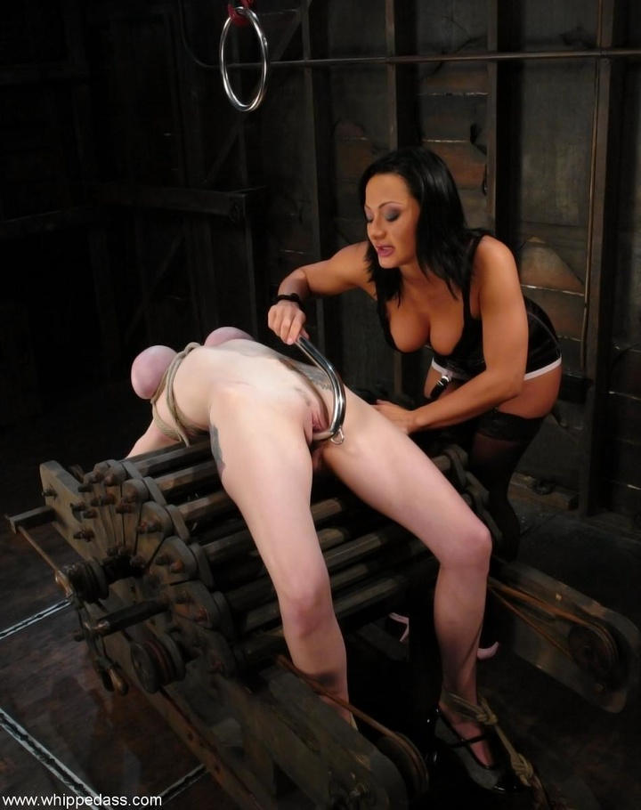 busty gorgeous femdom strapon domination mistress gal pic