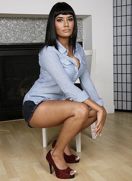 Shazia Sahari enjoys massage and plenty of cock to enlarge her shaved pussy  72769