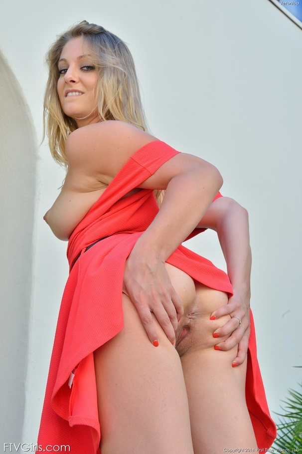Naughty girls share a strapon and their golden piss 2