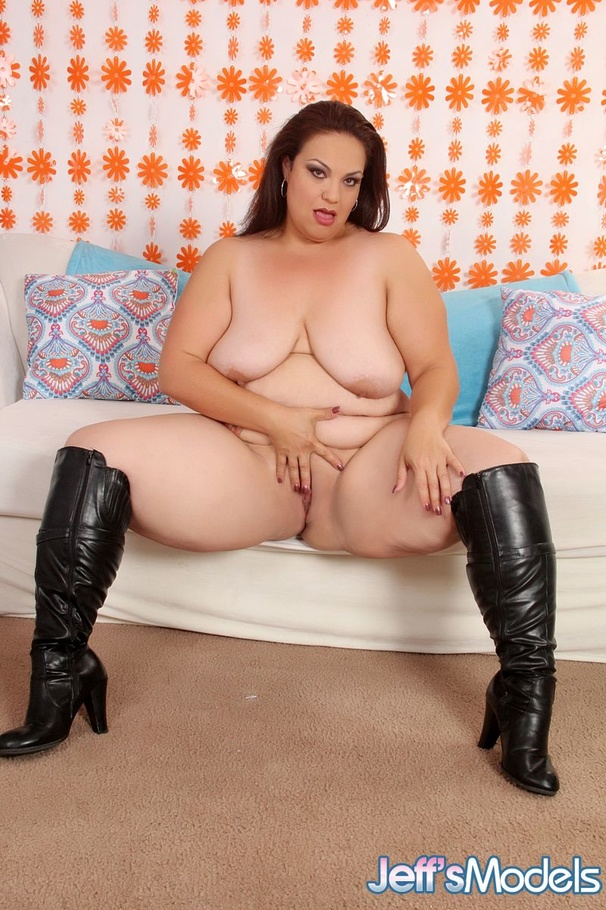 Plump Brunette Beauty In White Lingerie And Black Boots Picture 11