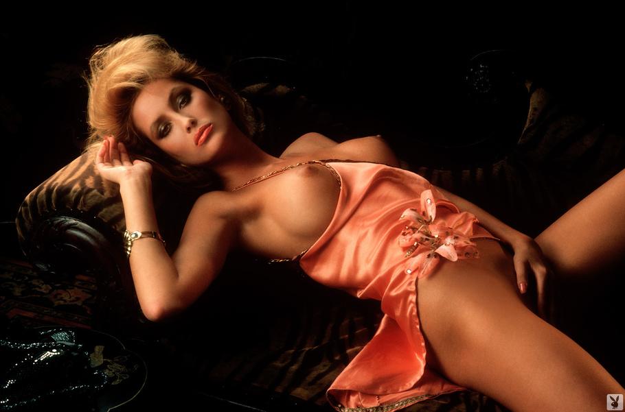 Hot women in erotica