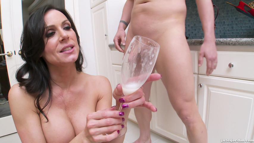 Nice tits orgasm