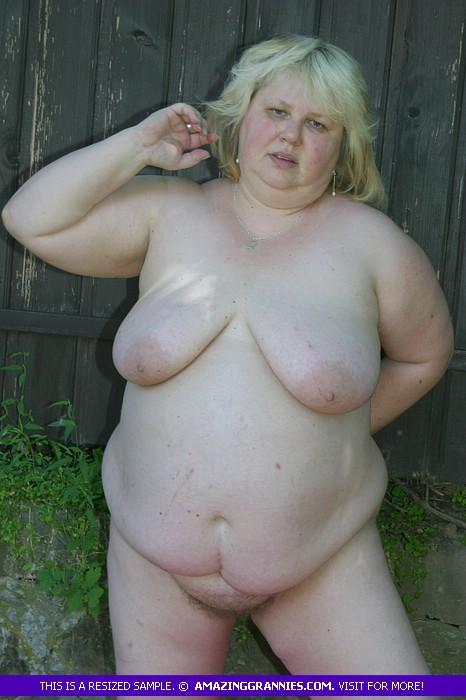 Super sized girl naked