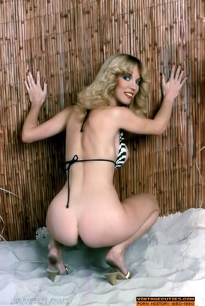 Amateur wife big natural boobs