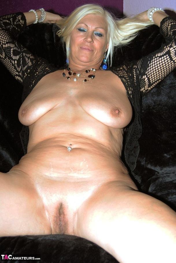 Free porn pics of bridgette the midget