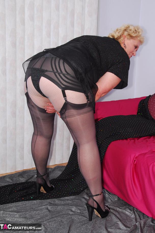 Mature chubby stockings