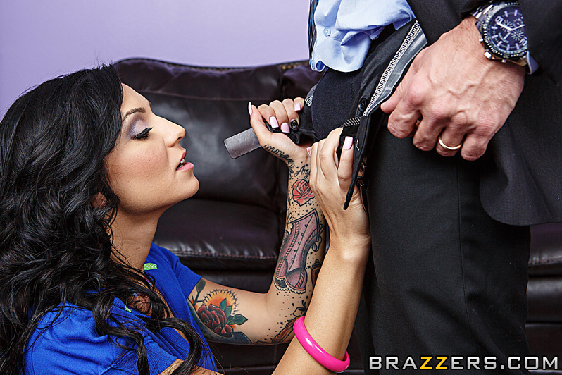 Tattooed slut with big boobs gets fucked and receives a facial - XXXonXXX -  Pic 5