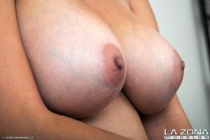Precious show off what's under her sexy  - XXX Dessert - Picture 10