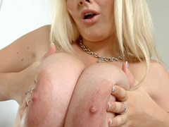 Sex hungry blonde nymph with big tits posing all nude on - Picture 9