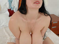 Heavy tits sex hungry hottie playing with her breast - Picture 9