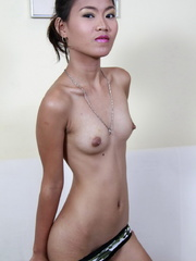Petite Jana drops her panties and spreads the lips - XXXonXXX - Pic 7