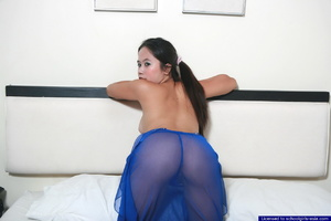 19 year old Jo removes her nightie and spreads her ass cheeks for us - XXXonXXX - Pic 4