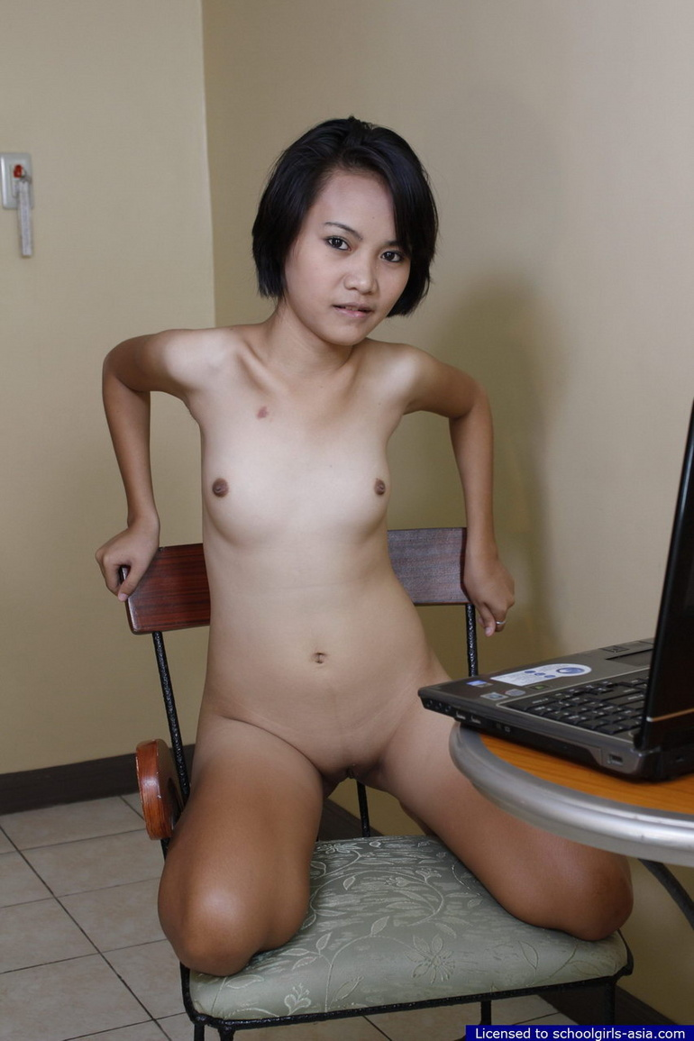 22 yo thai milf with a strong desire for white cock 1