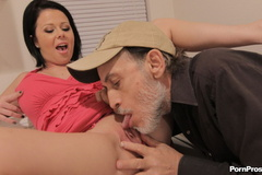 Dirty old man fucking a stupid young - XXX Dessert - Picture 2