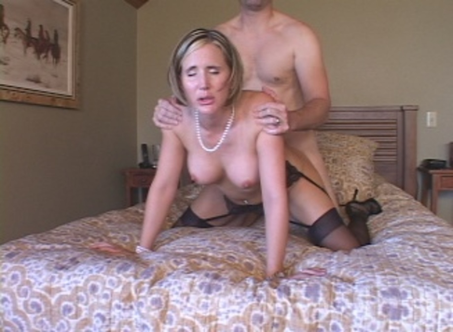 Fuck milf  in front wife