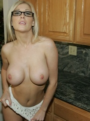 Blonde Slut Shows Her Pussy and - XXX Dessert - Picture 12
