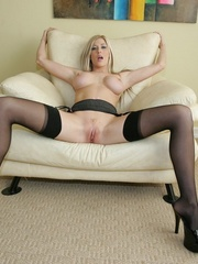 Big titted blonde shows her - XXX Dessert - Picture 13