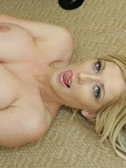 Big titted blonde shows her - XXX Dessert - Picture 15