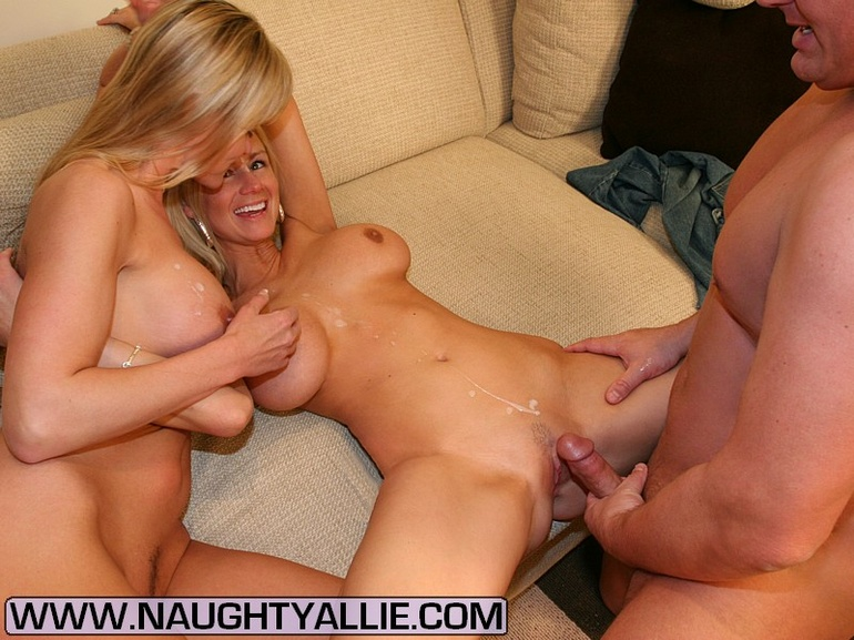 video suck party with naughty women