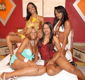 Ebony tranny babes take turns pumping ass