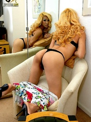 Blonde ladyboy reveals ass and big cock - XXX Dessert - Picture 8