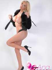 TS Ana Mancini is lovely showing off her - XXX Dessert - Picture 10