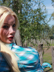 Country Girl Shemale with cowsized tits - XXX Dessert - Picture 6