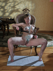 Perverted babe abusing her tits with hot wax and stuffed - Picture 4