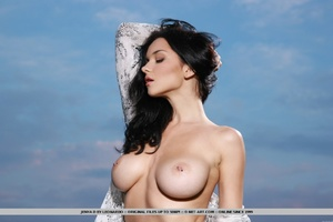 Raven-haired vixen with sultry gaze, lar - XXX Dessert - Picture 3