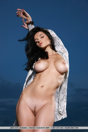 Raven-haired vixen with sultry gaze, lar - XXX Dessert - Picture 7