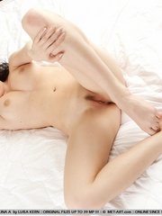 Pale, nubile skin, wide open poses, erotic - XXX Dessert - Picture 9