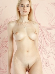 Mesmerizing vision of stunning blonde with - XXX Dessert - Picture 8