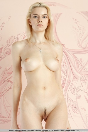 Mesmerizing vision of stunning blonde wi - XXX Dessert - Picture 8
