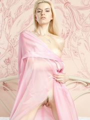 Mesmerizing vision of stunning blonde with - XXX Dessert - Picture 12