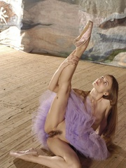 Tags: Athletic, ballerina, ballet, dancer, - XXX Dessert - Picture 12
