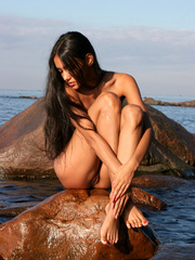 Exotic Lissa plays at the beach on the - XXX Dessert - Picture 4