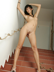 Julia is a rocker chick with stylish black - XXX Dessert - Picture 3
