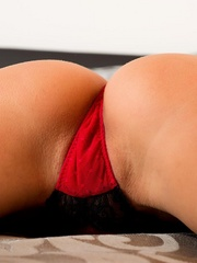 Sylvie Delux  gapes again - Sexy Women in Lingerie - Picture 5