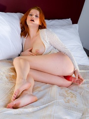 Rose Boobs Dildo Bed. - Sexy Women in Lingerie - Picture 11