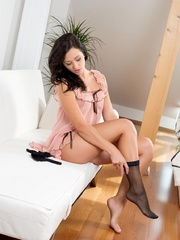 Tess putting on stockings - Sexy Women in Lingerie - Picture 2