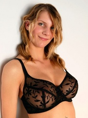 Penny in stockings and suspenders - Sexy Women in Lingerie - Picture 3
