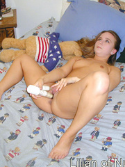 Naughty teen on bed sticks a finger - Sexy Women in Lingerie - Picture 5