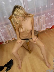 Nubile in pantyhose boasting her - Sexy Women in Lingerie - Picture 9